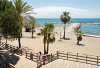 Beachfront Urb. Luxury Residence