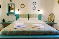 Spiros Rooms