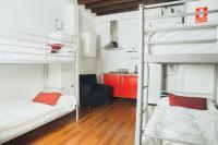 Granada Inn Hostels & Suites