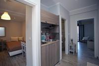 Apollo Apartments & Studios
