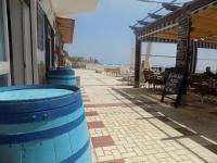 estudio en edificio almirante calle alhamar 4