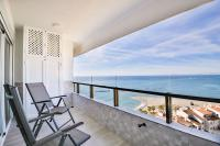 Fantanstico apartamento sobre el mar