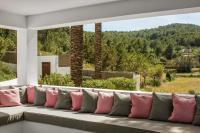 Beautiful 5 Star Villa with Private Pool, Ibiza Villa 1062