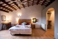 Alquiler de casa rural completa: Masía del siglo XV en la Costa Brava
