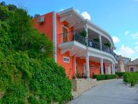 Nikas Villa Orange Apartments