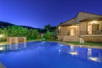 Limneon Villas