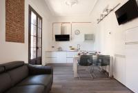 AB Paral·lel Spacious Apartments