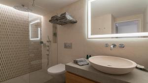 A bathroom at Maison Citadelle