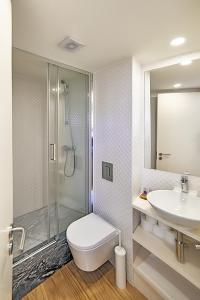 A bathroom at Chaves do Porto
