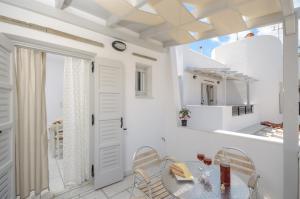 A bathroom at Naxos Dream Calypso Studios
