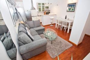 A seating area at TERA Apartment near Bačvice beach