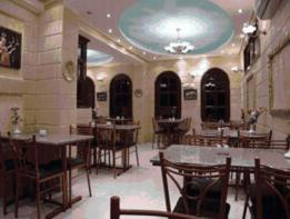 A restaurant or other place to eat at Luxor Hotel