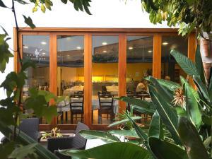 Restaurant o un lloc per menjar a Hotel Puerto Mar