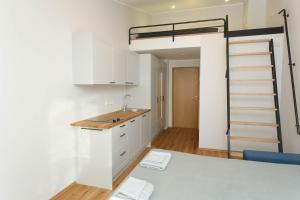 Virtuvė arba virtuvėlė apgyvendinimo įstaigoje OldTown Tartu Apartments