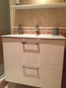 A bathroom at Villa Punta