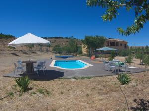 The swimming pool at or near Casas Rurales Campolibre