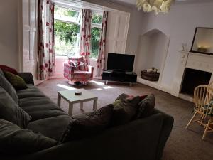 A seating area at St Bedes Apartment