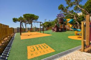 Children's play area at 3HB Falésia Mar