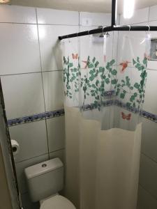 Um banheiro em Temporada Casa na Ilha de Itamaracá