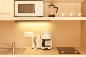 Kaffee-/Teezubehör in der Unterkunft Goethezimmer Leibnizallee