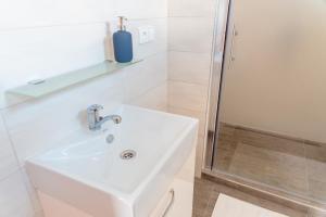 Koupelna v ubytování Nad Šťastným sklepem