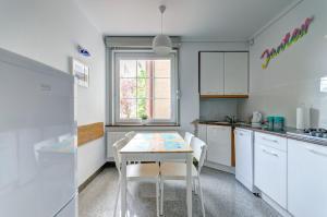 Cucina o angolo cottura di Sopocki Apartament