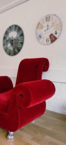 Ein Sitzbereich in der Unterkunft Hotel-T8