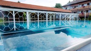 Der Swimmingpool an oder in der Nähe von Apartmenthaus Gass