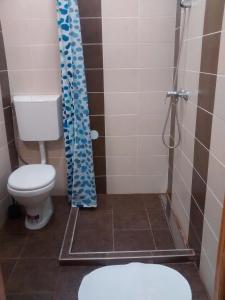 Ein Badezimmer in der Unterkunft Green Panda Apartments