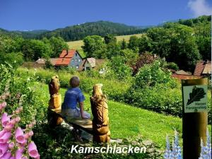 A family staying at Gästehaus Bündge