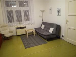 Uma área de estar em Prague Mateluba