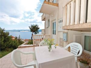 A balcony or terrace at Apartment Stanici with Sea View IV