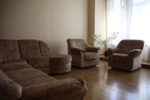 A seating area at Apartment Losanna