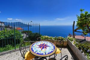 A balcony or terrace at Dama Di Cuori