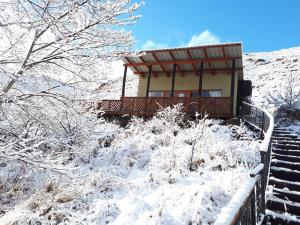 Swallows Nest Self Catering Chalet during the winter