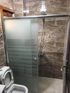 حمام في فيلا مايا
