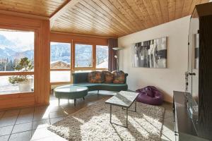 Ein Sitzbereich in der Unterkunft Ferienwohnung Leuweli