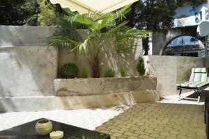 The swimming pool at or near Apartment Meran
