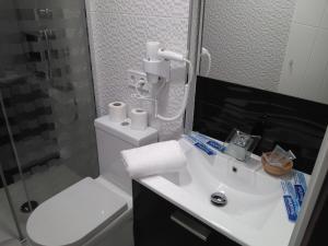 Um banheiro em Village Love Madrid