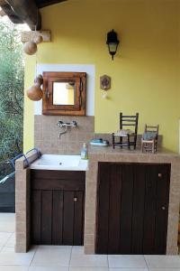 A kitchen or kitchenette at Villetta Rachele