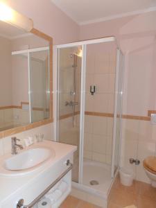 Ein Badezimmer in der Unterkunft Sundance Mountain Resort
