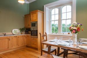 A kitchen or kitchenette at Wilton Castle