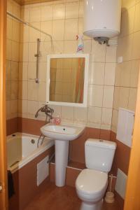 Ванная комната в Квартира в центре Новгородский 113