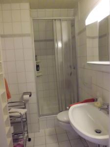 Ein Badezimmer in der Unterkunft Haus Wiesel