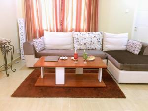 A seating area at Wanasa Hotel Apartments