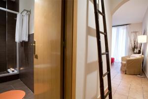Ein Badezimmer in der Unterkunft Apartments Barcelona & Home Deco Gotico