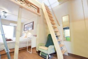 A bunk bed or bunk beds in a room at Apartment in Yoyogi D57