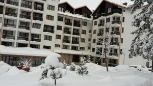SDL Apartments Borovets Gardens during the winter