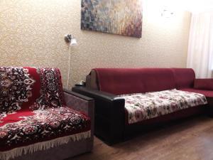 Гостиная зона в Apartment Lenina 1 v