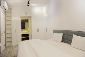 A bed or beds in a room at 41 twelve